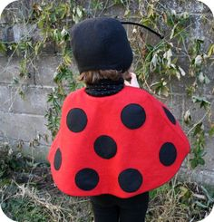 coccinelle_007 Halloween 2019, Halloween Diy, Costume Coccinelle, Diy Costumes, Baby Toys, Ladybug, Hats, Lisa, Costumes Kids