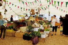 For a fun and festive family day (or night) out, local farmers' markets hit the spot. Here's our pick of the best markets in Cape Town. Family Outing, Family Day, Family Activities, Cape Town, Farmers Market, Night Out, Places To Go, Things To Do, Table Decorations
