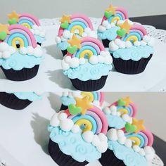 40 Ideas cupcakes amor fondant for 2019 Cupcakes Arc-en-ciel, Unicorn Cupcakes, Rainbow Cupcakes, Cupcake Cakes, Rainbow Birthday Party, Unicorn Birthday Parties, Care Bear Birthday, Party Decoration, Savoury Cake