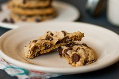 These Vegan Chocolate Chip Cookies are the BEST! Chewy but soft at the same time, these are the traditional chocolate chip cookie that you've been looking for. Vegan Chocolate Chip Cookies from mycaliforniaroots.com