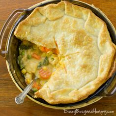 Dizzy Busy and Hungry! Danielles Super Easy Chicken Pot Pie Dizzy Busy And Hungry Easy Chicken Thigh Recipes, Easy Chicken Pot Pie, Cream Of Chicken Soup, Chicken Meals, Quick Chicken Pot Pie Recipe, Rotisserie Chicken, Chicken Potato Bake, Chicken Potatoes, Baked Chicken