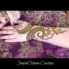18 Ideas Bridal Henna Mehndi Mehandi Designs For 2019 Henna Hand Designs, Mehandi Designs, Mehndi Designs For Beginners, Bridal Henna Designs, Henna Tattoo Designs, Bridal Mehndi Designs, Mehndi Designs For Hands, Simple Mehndi Designs, Latest Mehndi Designs