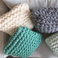 Coussin Yvon - maille name is Big Wool, Crochet Diy, Punch Needle, Merino Wool Blanket, Art Blog, Color Combinations, Best Gifts, Creations, Weaving