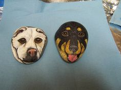This listing is for a hand painted likeness of the face of your dog on a paperweight size stone. The above is just an example of a custom order