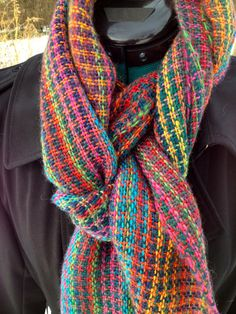 Houndstooth Striped Wool Scarf Woven by IntermezzoHandmade on Etsy.  Two skeins contrasting sock yarn with long color runs.