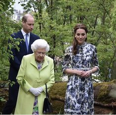 Monday was a special day for Duchess of Cambridge. Her hardwork was on display proudly at the RHS Chelsea Flower Show where the whole family came out in Duchess Kate, Duke And Duchess, Duchess Of Cambridge, Royal Family Pictures, Diana Williams, Royal Queen, Royal Uk, Elisabeth Ii, Princess Alexandra
