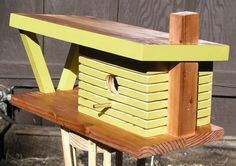 Mid Century Modern Ranch House Bird Feeder by MidCenturyWoodShop Kids Picnic Table, Outdoor Picnic Tables, Reclaimed Timber, Salvaged Wood, Modern Birdhouses, Commercial Planters, Pistachio Color, Birdhouse Designs, Modern Planters