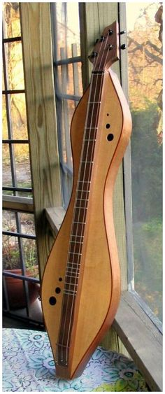 Dulcimer made by Doug Berch