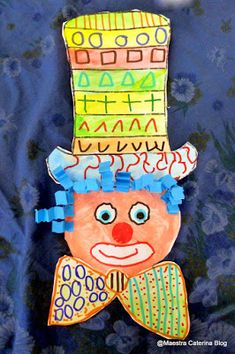 Clown Crafts, Fun Crafts, Diy And Crafts, Crafts For Kids, Arts And Crafts, Handprint Art, Birthday Cards, Kindergarten, Carnival