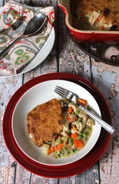 Chicken Pot Pie with a Whole Wheat Crust. #SundaySupper. Simple to make and easy to double and freeze. A clean eating, whole food recipe. No refined ingredients.