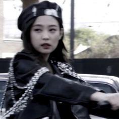 My Girl, Cool Girl, Korean Girl Photo, Blackpink Members, Blackpink Photos, Jennie Blackpink, Kpop Aesthetic, Trending Topics, Aesthetic Pictures