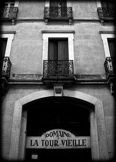 La Tour Vieille, Collioure (L. McPhee)