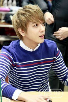 Jung Yong Hwa 郑容和 130111 Bang Bang Fan sign Event