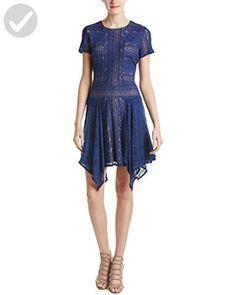BCBGMax Azria Women's Aileen Crew Neck Short Sleeve Dress, Blue Depths, Medium - All about women (*Amazon Partner-Link)