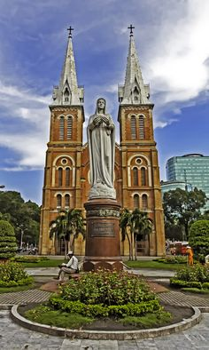 Notre-Dame, Ho Chi Minh, Vietnam