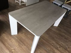 New York extendable ceramic top dining table. Table with rounded corners and rounded steel legs. Extensions stored underneath with easy to deploy mechanism. Ceramic in premium Blaze grey ceramic. Delivered to our client in Kent. Leather Bed, Extendable Dining Table, Round Corner, Sofa Design, Modern Bedroom, Contemporary Furniture, Steel Frame, Extensions, York