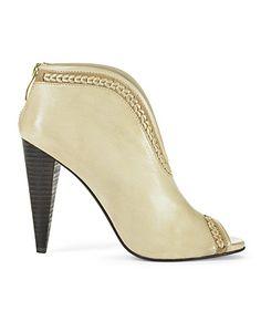 7e40371bcb83 7 Best Vince Camuto Shoes images