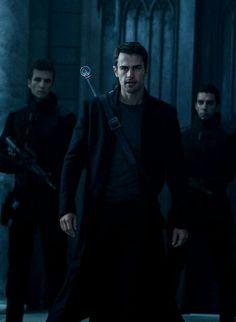 Underworld Selene, Underworld Movies, Underworld Kate Beckinsale, Theory Of Relativity, Theo James, Graphic Novels, Dracula, Hunger Games, Scream