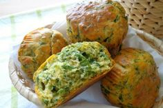 Muffin salati agli spinaci My Favorite Food, Favorite Recipes, Antipasto, Finger Foods, Cake Recipes, Buffet, Appetizers, Food And Drink, Healthy Recipes
