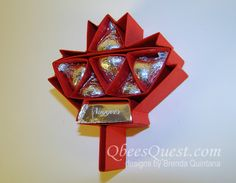 Hershey's Maple Leaf by Qbee - Cards and Paper Crafts at Splitcoaststampers Candy Crafts, 3d Paper Crafts, Food Crafts, Paper Crafting, Chocolates, Canada Day Crafts, Thanksgiving Projects, Treat Holder, Hershey Kisses
