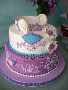 Violetta Cake - by dulcegourmet @ CakesDecor.com - cake decorating website