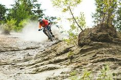 Mtb Clothing, Bike Trails, Biking, Downhill Bike, Bike Life, Around The Worlds, Google, Sports Activities, Sports