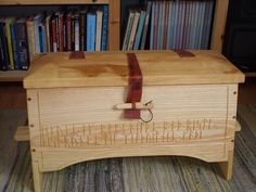 All things Viking, Celtic and Nature related Viking Bed, Viking Ship, Woodworking Furniture, Woodworking Projects, Box Bed, Camping Tools, Wooden Chest, Toy Boxes, Hope Chest