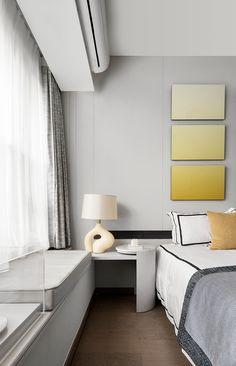 首发 | 2021 Pantone年度色之家,极致灰+亮丽黄! Bed Headboard Design, Headboards For Beds, Small Room Design, Wall Art Decor, Corner Desk, Kids Room, Design Inspiration, Living Room, Interior Design