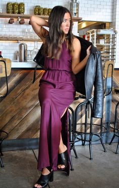 natalie deayala collection // halter cinch gown in wine // burgundy bridesmaids // bridesmaids dresses for the cool girls