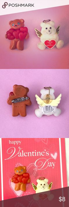 "BE MY VALENTINE Bundle 2 VTG Valentine's Day Pins ❤️Totally cute vintage 80s Valentine's Day teddy bear pins set of (2). One is a white flocked velvety angel teddy bear with a halo & wings holding a ""You're The Greatest"" sign, the other brown plastic bear with a handful of hearts. Pins on back to pin onto clothing.  Maker: Brown teddy bear is by Funworld 1984, the other by World Trend Era: Early 1980s Size: Approx. 1 1/2"" VTG Condition: EX Vintage Jewelry Brooches"