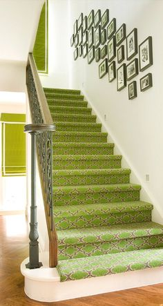 ivypiper_colorful_staircase