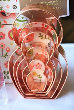 Matryoshka (Russian Nesting Dolls) Themed Cookie Cutters. I want these!!!