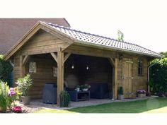 4. Robuuste kapschuur met veranda 21m2