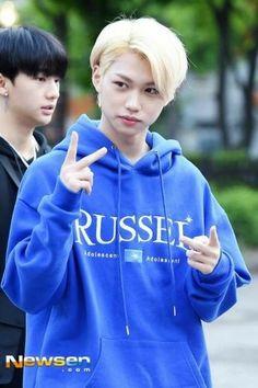 Lee Min Ho, Kids Web, Australian Boys, Felix Stray Kids, Lee Know, Boy Groups, Rapper, Graphic Sweatshirt, Kpop