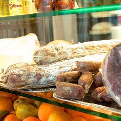 Bei Salumeria Lamuri gibt es  Italienische Delikatessen so weit das Auge reicht | creme berlin