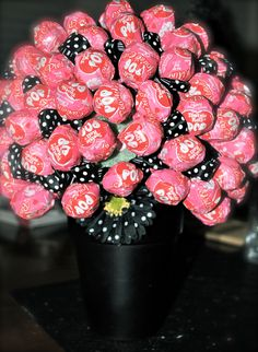day get crafty/ minnie mouse table decor, treat favors, diy lollipop tree Minnie Mouse Table, Minnie Mouse Theme Party, Minnie Mouse Baby Shower, Minnie Birthday, Mickey Minnie Mouse, 3rd Birthday, Birthday Ideas, Birthday Crafts, Birthday Favors