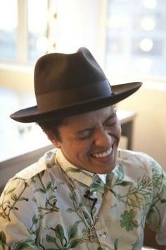aaaf5f0a Bruno Mars' hats ! And when you smile the whole world stops and stares for  a while.