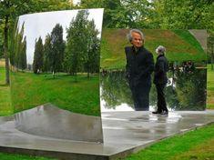 Anish Kapoor mirror sculptures kensignton gardens