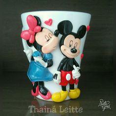 Diy Clay, Clay Crafts, Cocina Mickey Mouse, Clay Cup, Cute Mugs, Polymer Clay Art, Yuri, Coffee Cups, Tableware