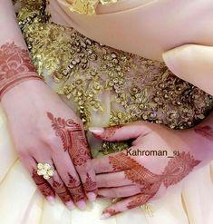 Kashee's Mehndi Designs, Modern Henna Designs, Finger Henna Designs, Mehndi Designs For Fingers, Kashees Mehndi, Mehndi Decor, Hand Mehndi, Mahendi Design, Henna Patterns