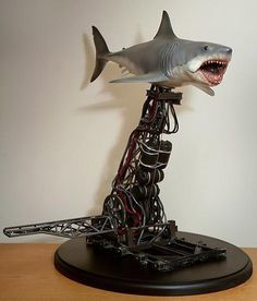 Remembering Bruce, the Mechanical Shark from Jaws Insight into how there were three mechanical sharks, what they were and were not capable of and more. Interesting too when one has the AHA moment that Nemo's Shark friend is also named BRUCE. Classic Tv, Classic Movies, Scary Movies, Horror Movies, Shark Jaws, Jaws Movie, Horror Drawing, Creature Feature, Ideas