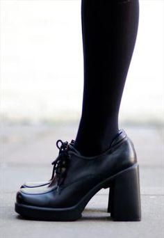 664246a0c04 1990 s black grunge block heels £28.00 Grunge Shoes