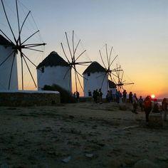 Por do sol em Mykonos town Chora Grecia