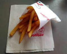 Jollibee, French Fries, Soul Food, Dining, Tableware, All American Food, French Fries Crisps, Chips, Food