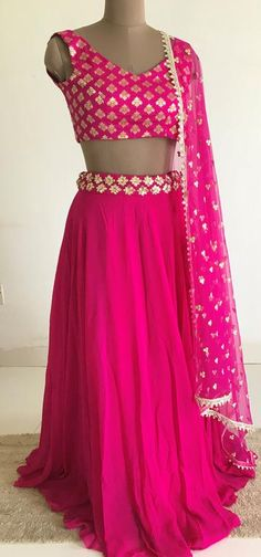The peach project collection provides affordable lehengas, sarees, blouses and dupattas for the modern Indian woman. Lehenga Choli Designs, Lehenga Designs Simple, Saree Blouse Designs, Indian Lehenga, Lehenga Sari, Pink Lehenga, Indian Designer Outfits, Designer Dresses, Indian Outfits Modern