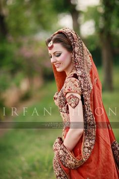 """We have a photo overload for you!  Thanks to the insanely talented and fabulous <a href=""""https://www.facebook.com/iamkairos"""">Irfan bhai</a>, a photographer in Pakistan, we are able to share his amazing bridal photography."""