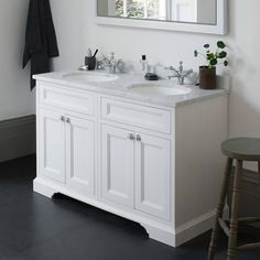 Our double vanity units and double sink vanity units make the perfect solution to an overcrowded bathroom. Ideal for big families, choose from a range of designs and sizes. Wholesale Bathroom Vanities, Cheap Bathroom Vanities, Cheap Bathrooms, Small Bathroom, Bathroom Sinks, Bathroom Ideas, Bathroom Cabinets, Master Bathrooms, Bathroom Designs