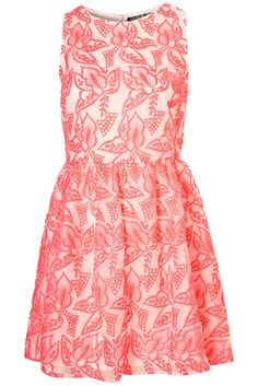 EMBROIDERED ORGANZA DRESS  Topshop  Price: £60.00    Full skirted organza prom dress with nipped in waist and zip.