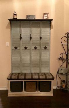 Old closet doors repurposed hooks 24 Ideas Decor, Doors Repurposed, Closet Planning, Ikea Closet Organizer, Old Closet Doors, Home Decor, Diy Door, Door Bench, Build A Closet