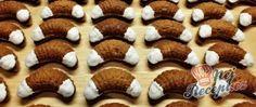 Recept Čokoládové vánoční rohlíčky Mini Cupcakes, Cookies, Christmas, Food, Building Information Modeling, Yule, Biscuits, Meal, Xmas